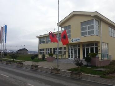 """""""Eco – Higjiena"""" punon edhe gjatë festës, urojnë nga puna për ditën e flamurit"""